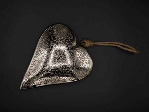 Coeur métal arabesques