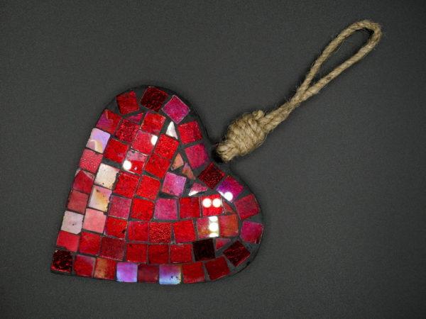 Coeur mosaïque rouge