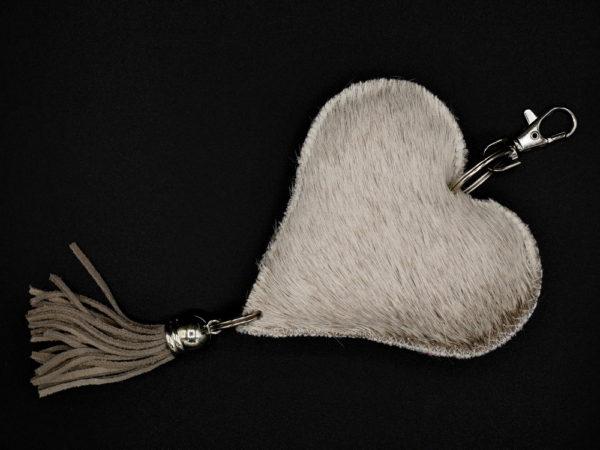 Porte-clé coeur en peau