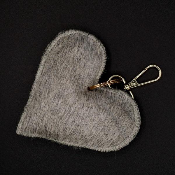 Porte clé coeur en peau